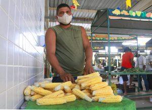 cecaf especialfestivaldomilho PedrodeBarros dayseeuzebio 300x218 - Agricultores, cozinheiras e artesãos vivem expectativa para o V Festival do Milho da Cecaf