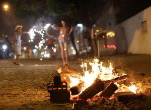 fogueira 300x218 - Novo decreto da Prefeitura de João Pessoa flexibiliza comércio e serviços e proíbe queima de fogos